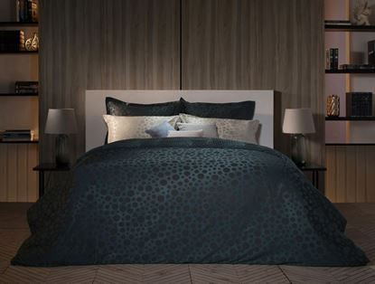 Picture of 12 DOTS 650 - BED SHEET