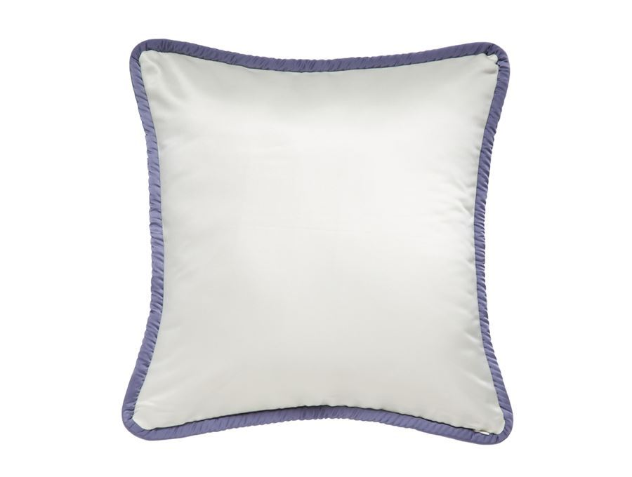 https://www.pasaya.com/content/images/thumbs/0011385_cushion-cover-fruitflower-purple-wreath-size18-x-18in.jpeg