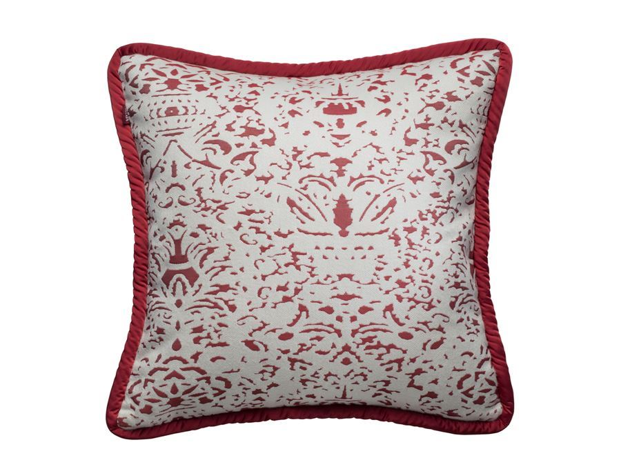 https://www.pasaya.com/content/images/thumbs/0011392_cushion-cover-romano-cranberry-size-18-x-18-in.jpeg