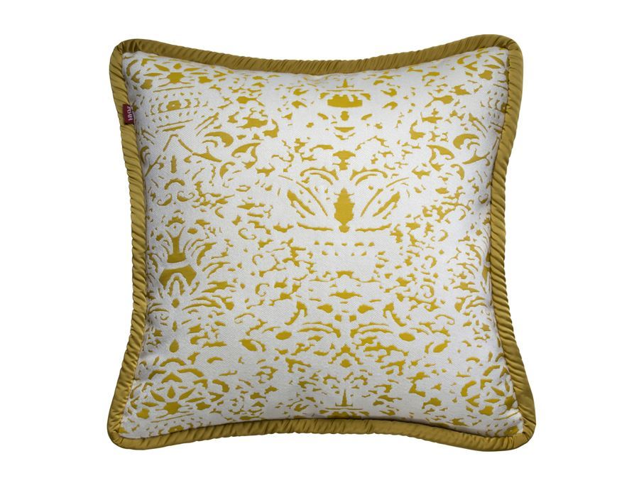 https://www.pasaya.com/content/images/thumbs/0011407_cushion-cover-romano-lemon-size-18-x-18-in.jpeg