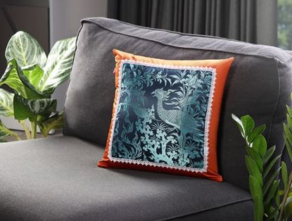 Picture of CUSHION COVER- BARAMEE (PAKSA1) Size (18 x1 8in.)